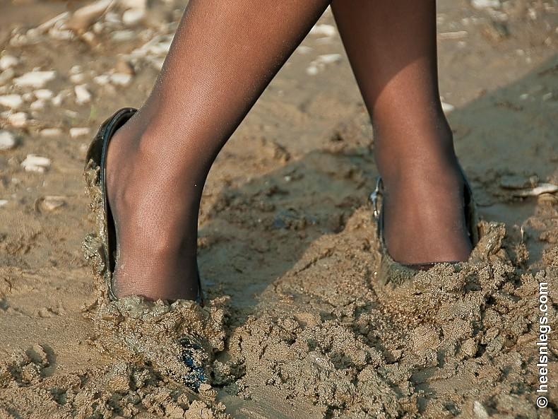 pantyhose-mud-stories-paige-turner-interracial-video